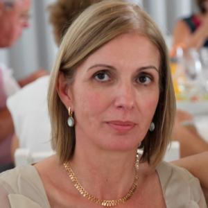 Carmen Soares