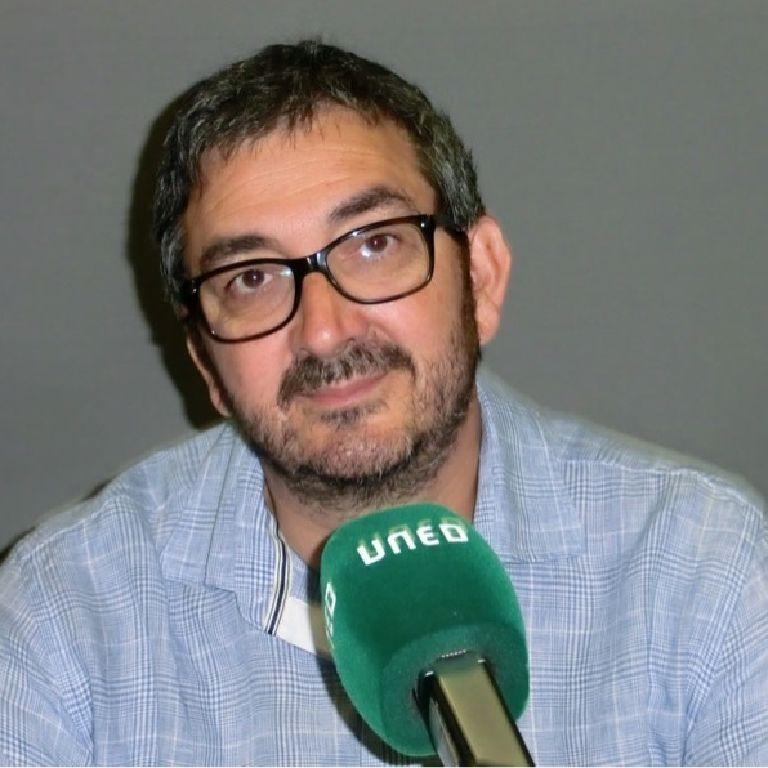 Julián López García